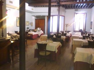 """Restaurante """"El barrio de San Roque"""""""